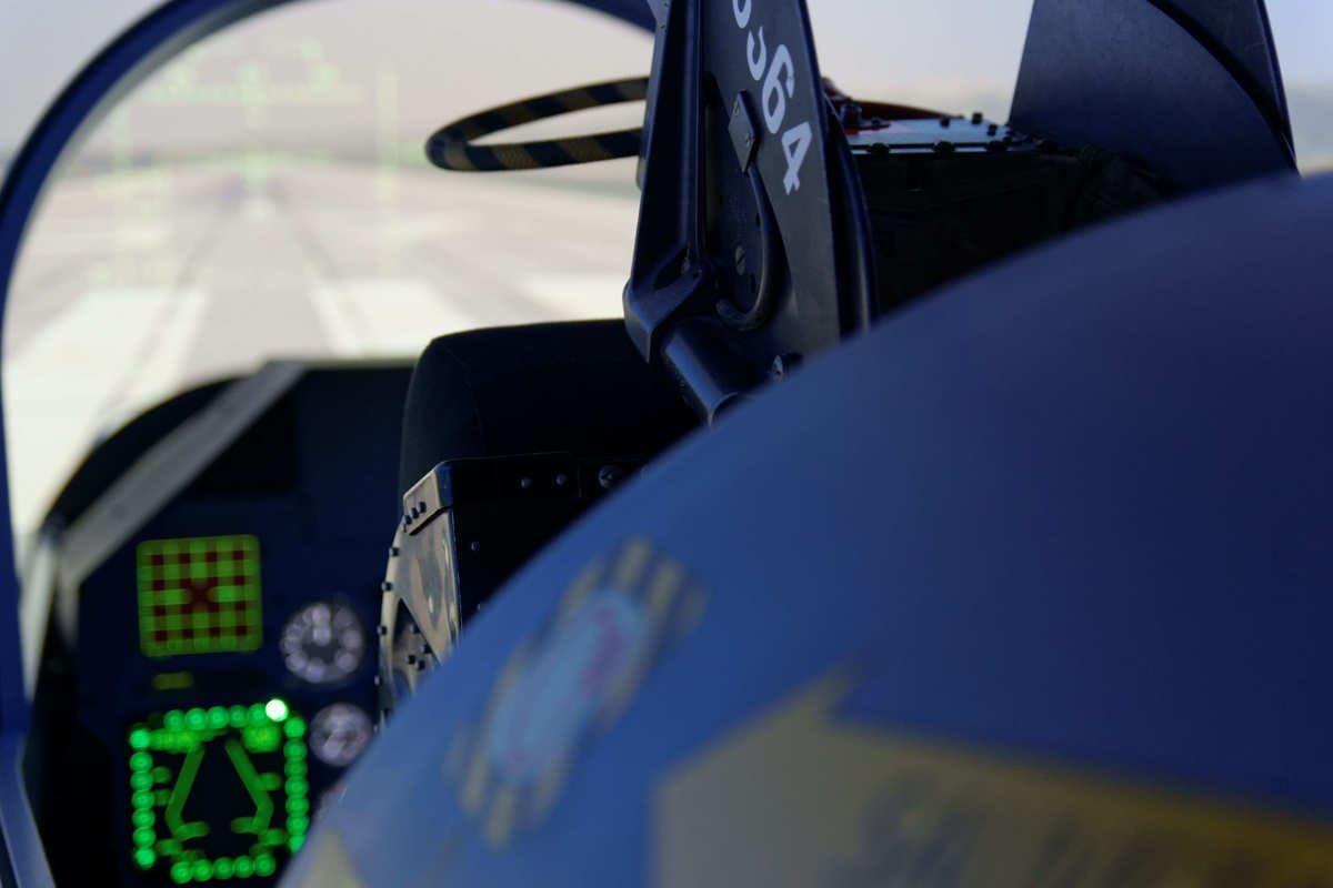 Mirage 2000 dans le cockpit !