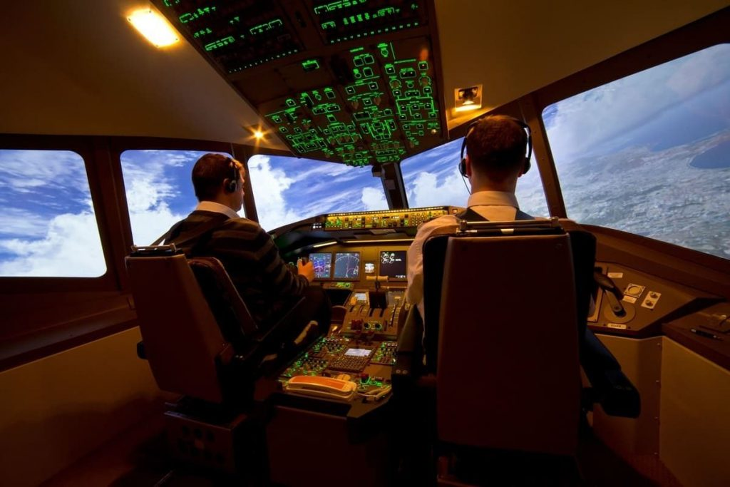 Cockpit avec pilote et co-pilote