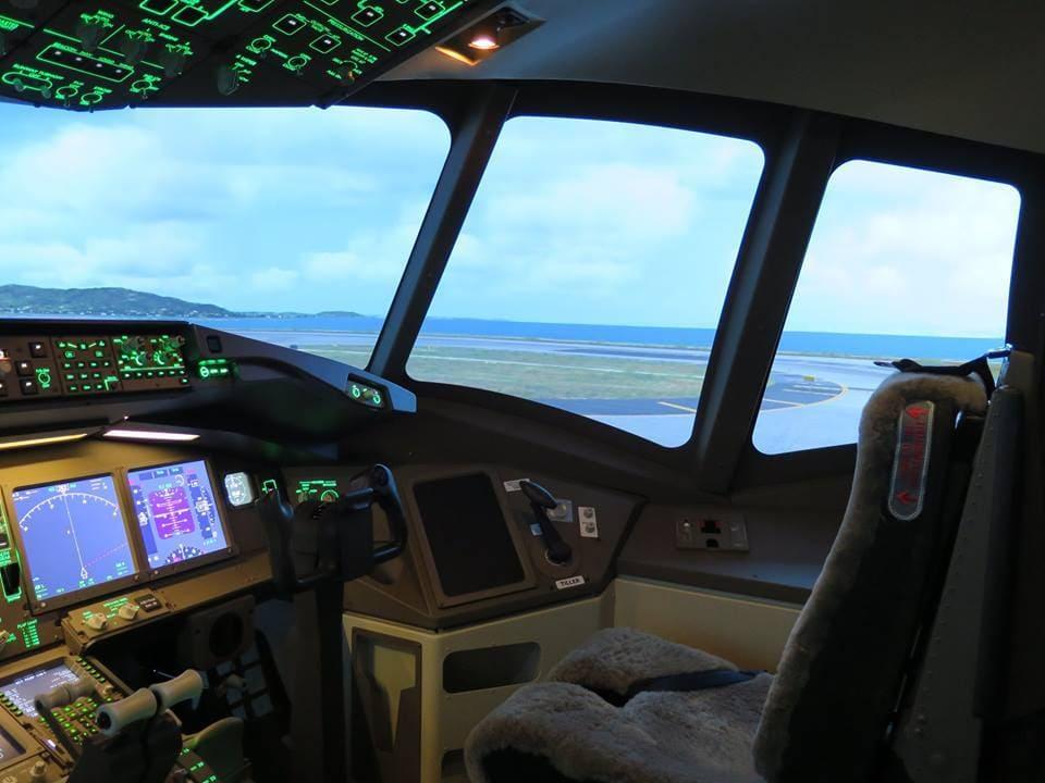 B 777 commandes allumées !